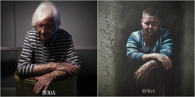 Английские пенсионеры косплеят обложки популярных альбомов