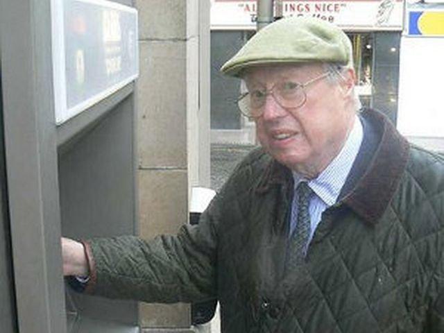 Изобретатель банкомата Джон Шепард-Баррон