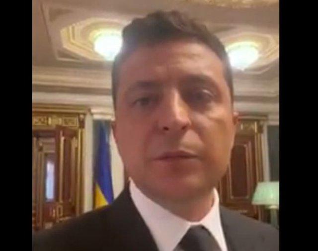 """Владимир Зеленский: """"Смотрите фильм """"Земляне"""""""