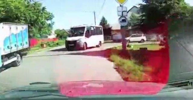 Очень громкий скандал на дороге