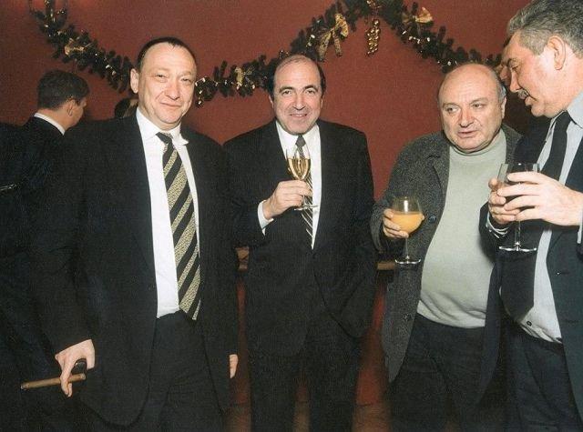Борис Березовский отмечает покупку ТВ-6, 1999 год