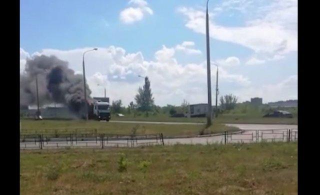 """""""Призрачный мусорщик"""": по улицам Тольятти разъезжал горящий мусоровоз"""