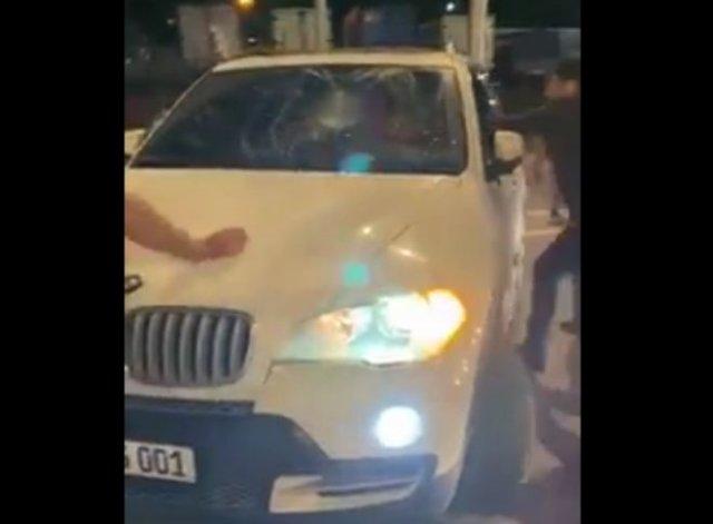 В Москве азербайджанцы начали нападать на машины с армянскими номерами из-за Нагорного Карабаха
