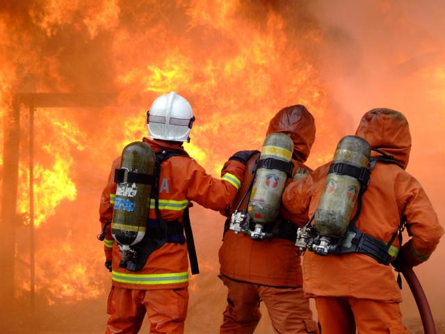 Что уж говорить о работе пожарных, военных и медиков