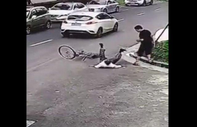 Подборка нелепых автоподстав из Китая