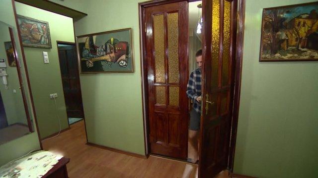 Посмотрите, как живет Андрей Губин - главный певец конца 90-х