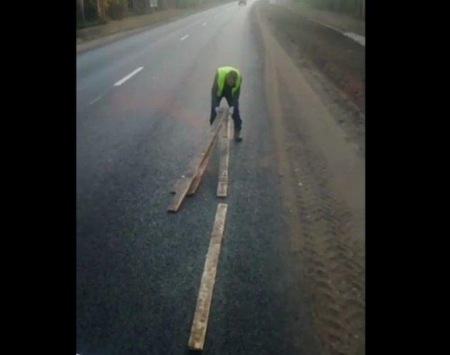 Лайфхак: как перевозить экскаватор по новой дороге?