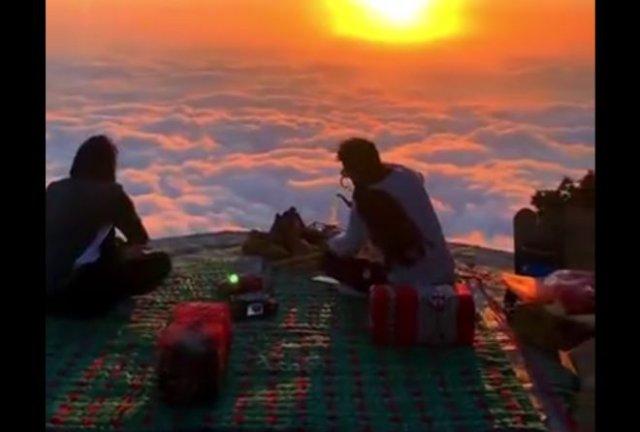 Пикник над облаками