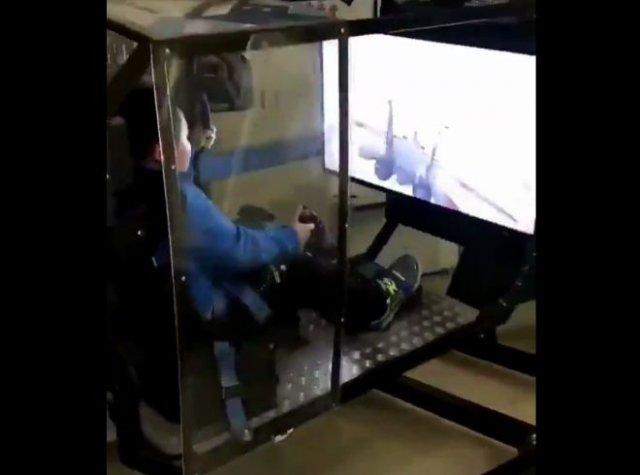 Идеальный симулятор полета на истребителе