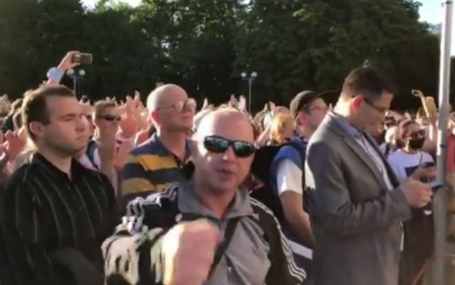 Власти Белоруссии заменили предвыборное выступление оппозиции концертом, но оплошали