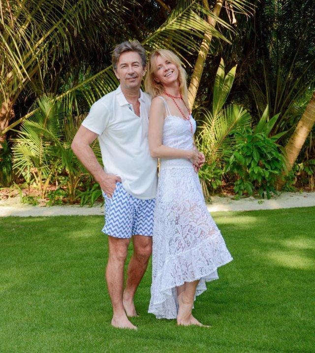 Валерий Сюткин стал отцом в 62 года - красавица-жена Виола родила ему сына