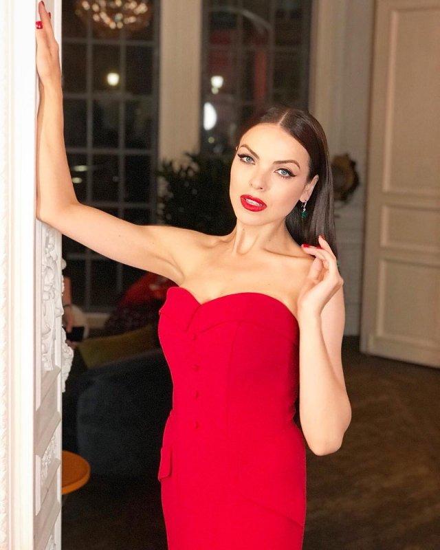 Светлана Абрамова - новая ведущая утреннего шоу федерального канала