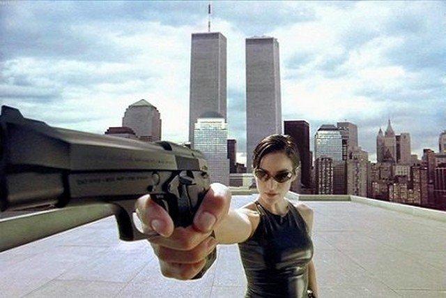 Знаменитые актрисы, которые держат оружие в руках