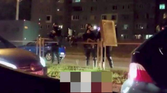Силовики в Белоруссии открывают огонь по митингующим