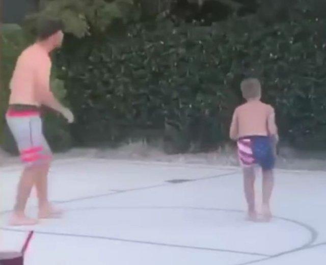Человек, которому противопоказан баскетбол