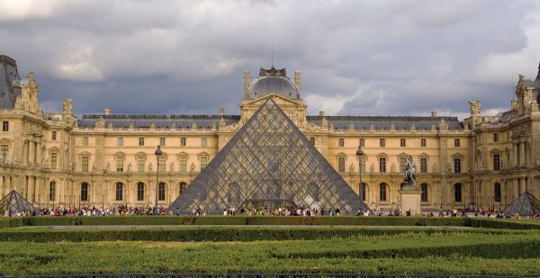 Лувр, Париж: 1980-е и сейчас