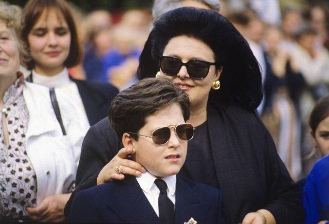 Потомки дома Романовых впервые посещают Россию. Санкт-Петербург,1992 год.