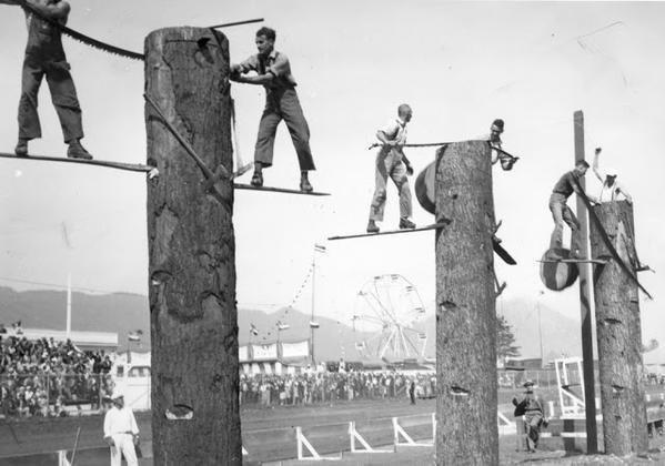 Яркие черно-белые фотографии из архивов