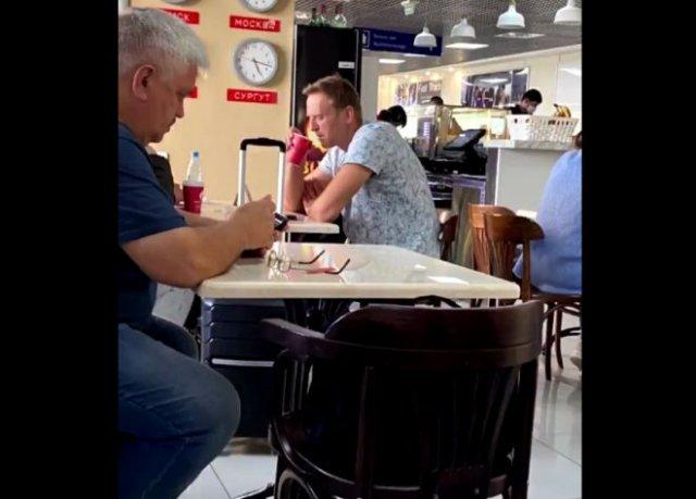 Алексей Навальный в коме