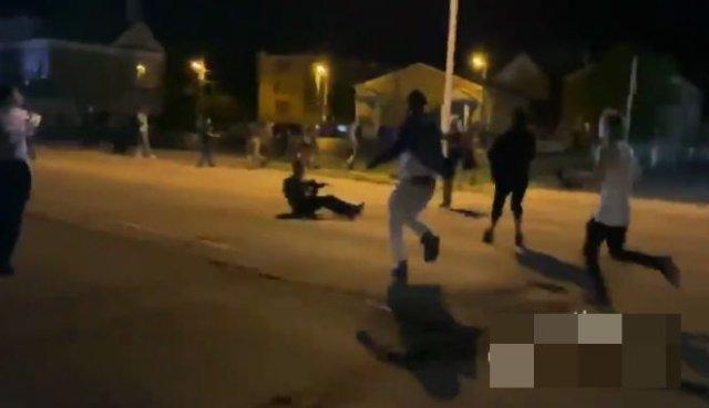 В Кеноше, где полицейские расстреляли темнокожего Джейкоба Блейка, вспыхнули массовые беспорядки