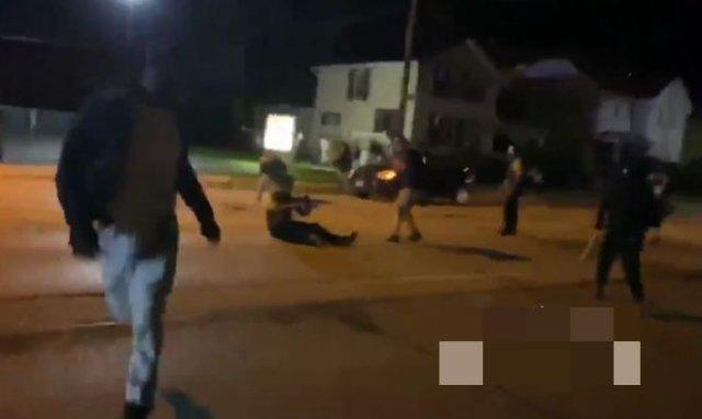 В Конеше мужчина расстрелял нескольких протестующих из движения BLM