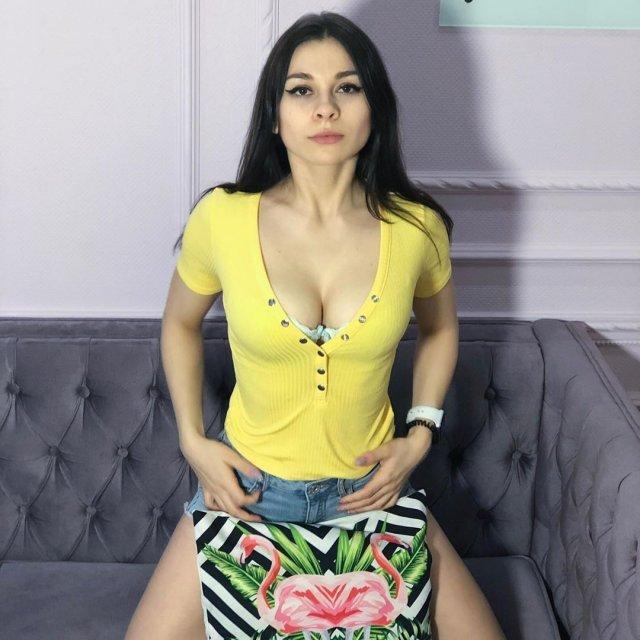 Lolly Lips (Анастасия Солодкова) - актриса, которая вывела жанр homemade porno на новый уровень