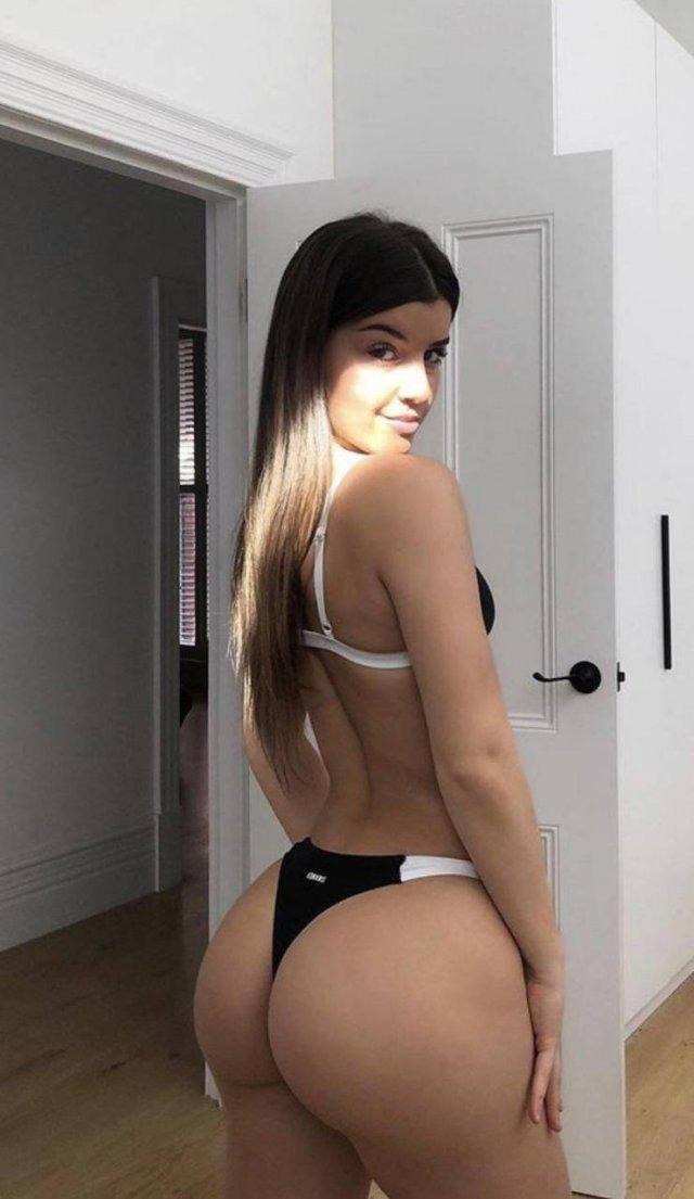 девушка вид сзади