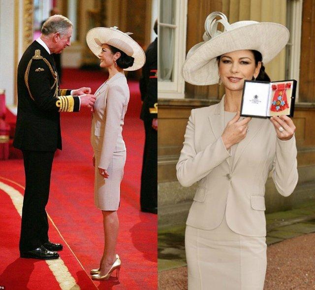 Кэтрин Зета-Джонс принимает орден британской империи