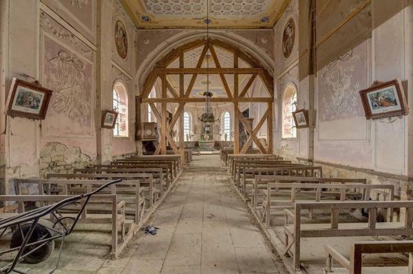 Оставленная церковь