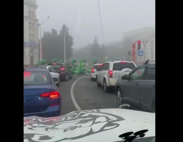 В Кемерово заметили толпу очень странных пешеходов