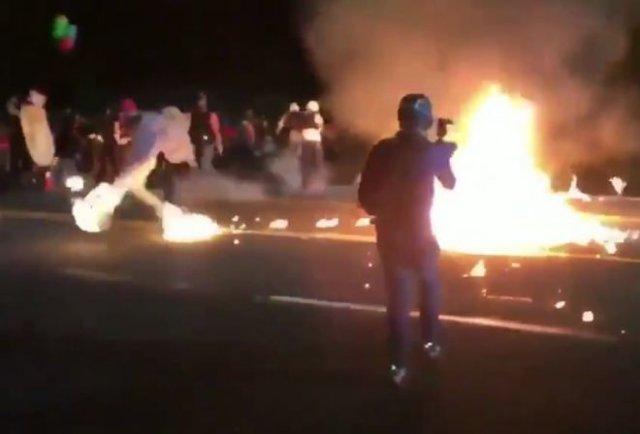 В Портленде активист BLM поджег сам себя