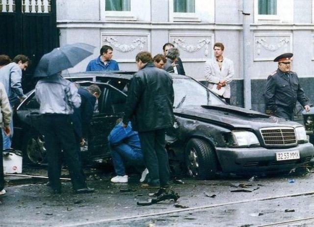 Взорванный на Новокузнецкой улице Mercedes–Benz W140 600 SEL Бориса Березовского