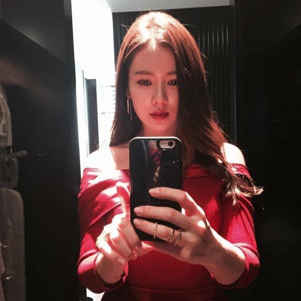 Сон Йо Джин — южнокорейская актриса