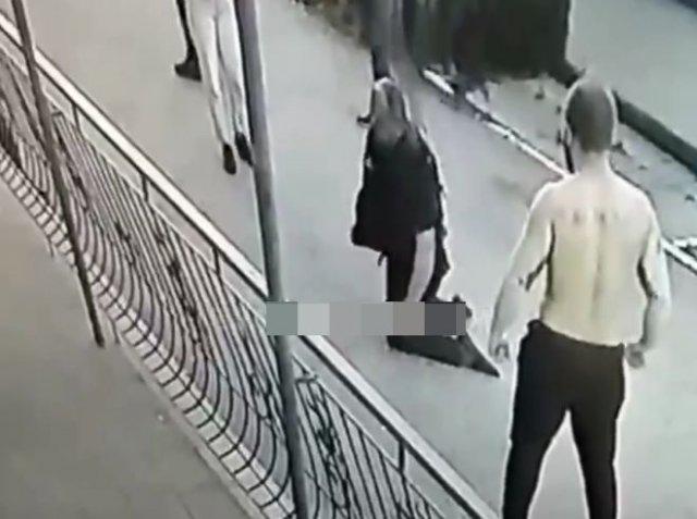 Сотрудник ЧОП вышел один на один с дебоширом, но проиграл - пришлось браться за оружие
