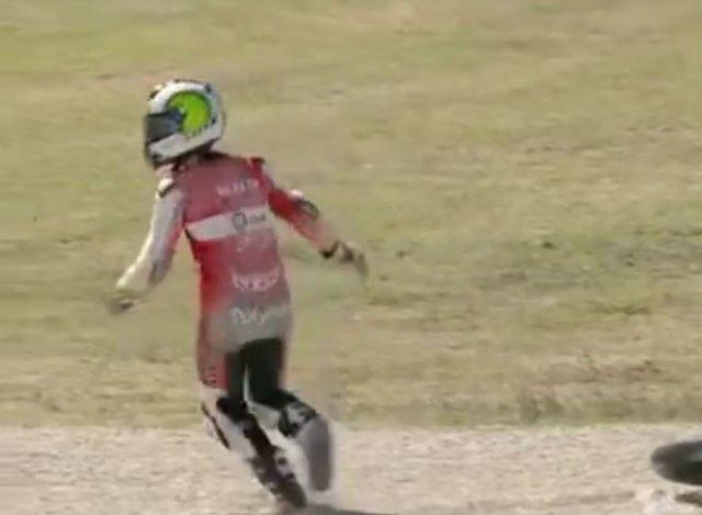 Когда потерял мотоцикл на гонках