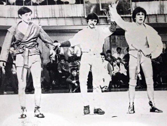 Мастер спорта СССР по самбо - Дмитрий Нагиев (справа)