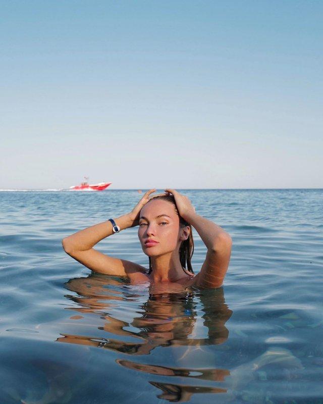 Блогер Саша Маркина на море