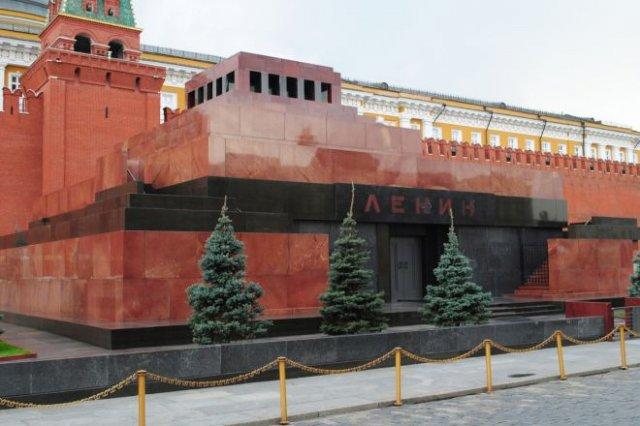 Американский художник Дэвид Датуна предлагает купить тело Ленина