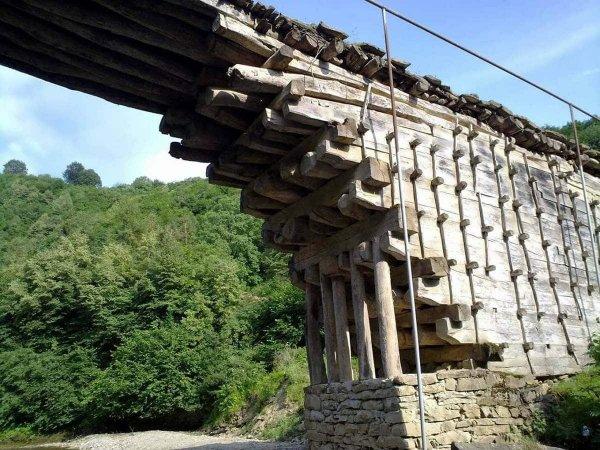 Деревянный мост в Джули, Дагестан