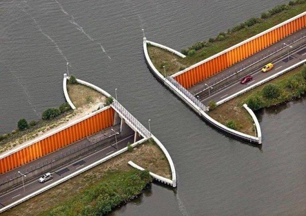 Водный мост Veluwemeer, Нидерланды