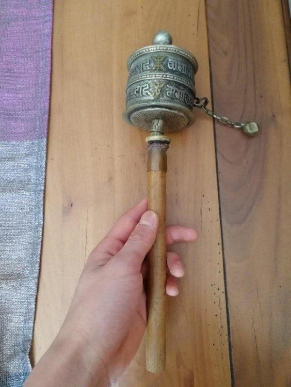 тибетское молитвенное колесо