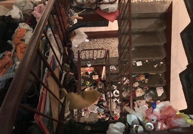 Мусор в квартире в Купчино