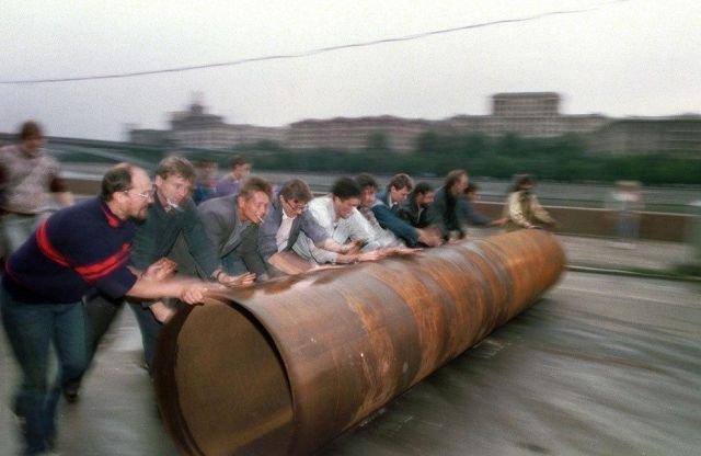 Строительство баррикад, путч 1993 года