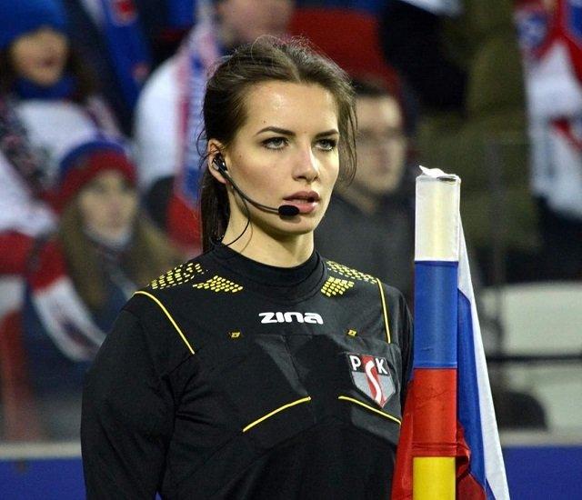 Каролина Бояр с флагом