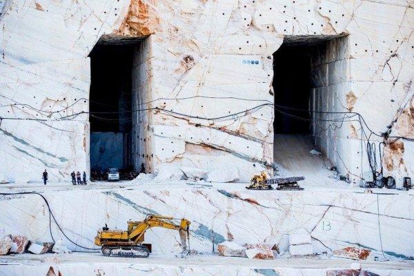 Мраморный карьер в Греции