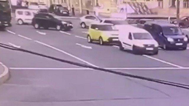 Дорога с машинами в Петербурге
