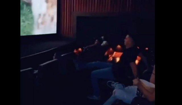Кинотеатр не место для шуток