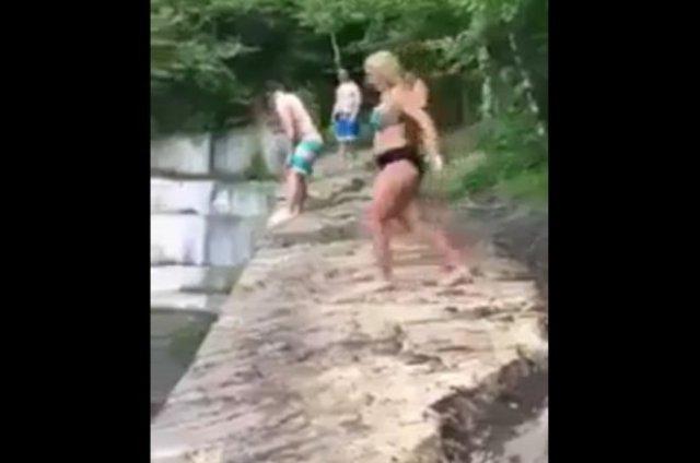 Сальто и болезненное вхождение в воду
