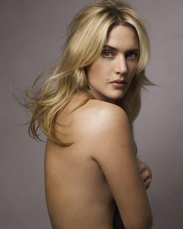 Кейт Уинслет с голой спиной