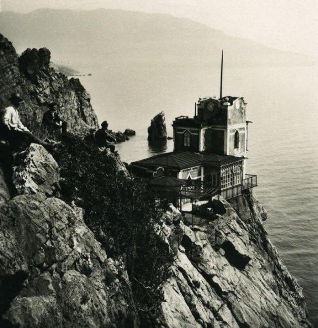 """Замок """"Ласточкино гнездо"""" около 1900 г."""